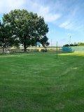 Společné hřiště pro všechny chalupy na volejbal, nohejbal, košíkovou a fotbal